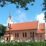Gdynia- Wielki Kack, kościół parafialny św. Wawrzyńca z przyległym cmentarzem